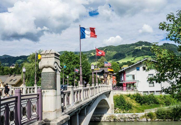 Avusturya Karantina ve Test Zorunluluğunu Kaldırdı