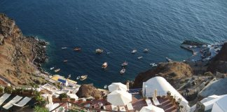 Yunanistan Seyahat Kısıtlamasını 15 Mayıs'ta Kaldırıyor