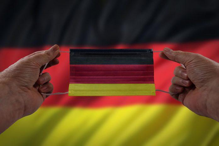 Almanya Türkiye'nin Seyahat Kısıtlamasını Kaldırıyor