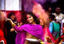 Hindistan 500 bin turiste vizeyi ücretsiz verecek