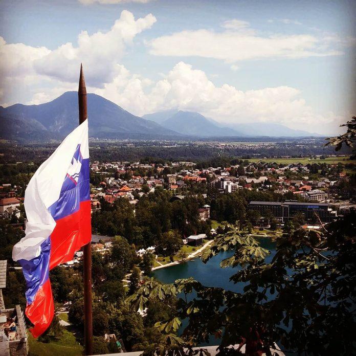 Slovenya Sınırlarını Tüm Yolculara Açtı