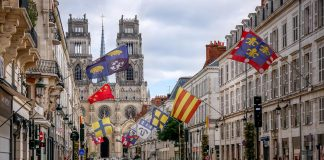 Fransa'dan AB Vatandaşı Olmayanlara Covid-19 Sertifikası